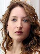 Julia Piaton