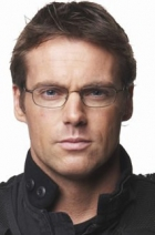 Michael Shanks