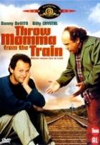 Vyhoď máti z vlaku (Throw Momma from the Train)