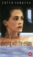Noci s nepřítelem (Sleeping With The Enemy)