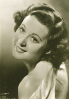 Gwen Gaze