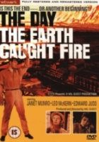 Den, kdy vzplanula Země (The Day the Earth Caught Fire)